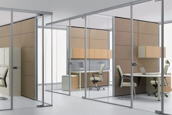 Vách kính khung nhôm văn phòng quận 1