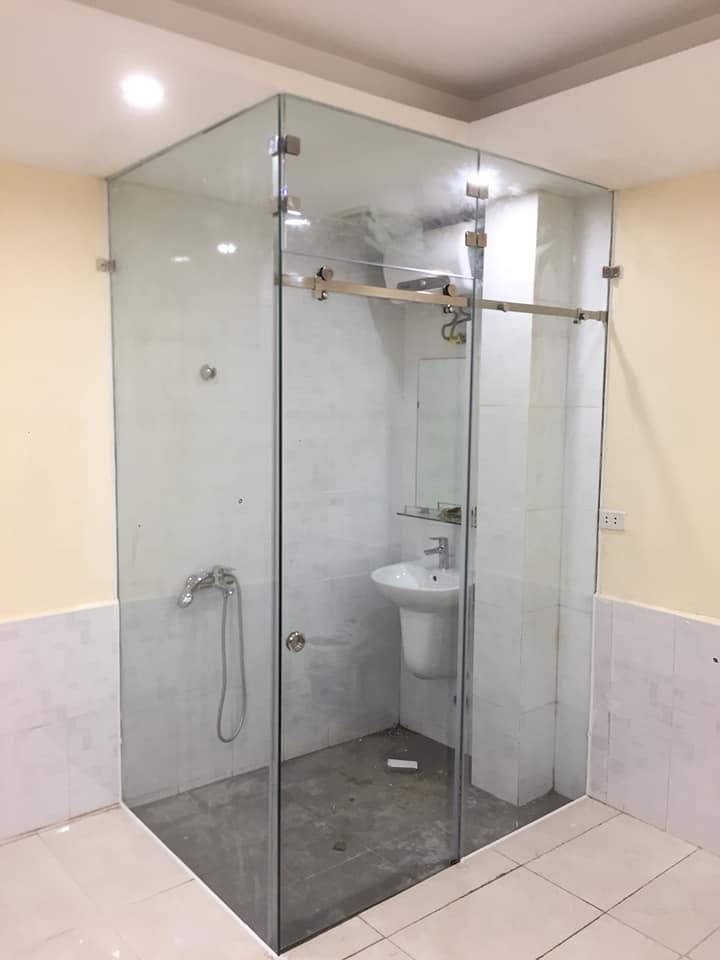 Phòng tắm kính 15
