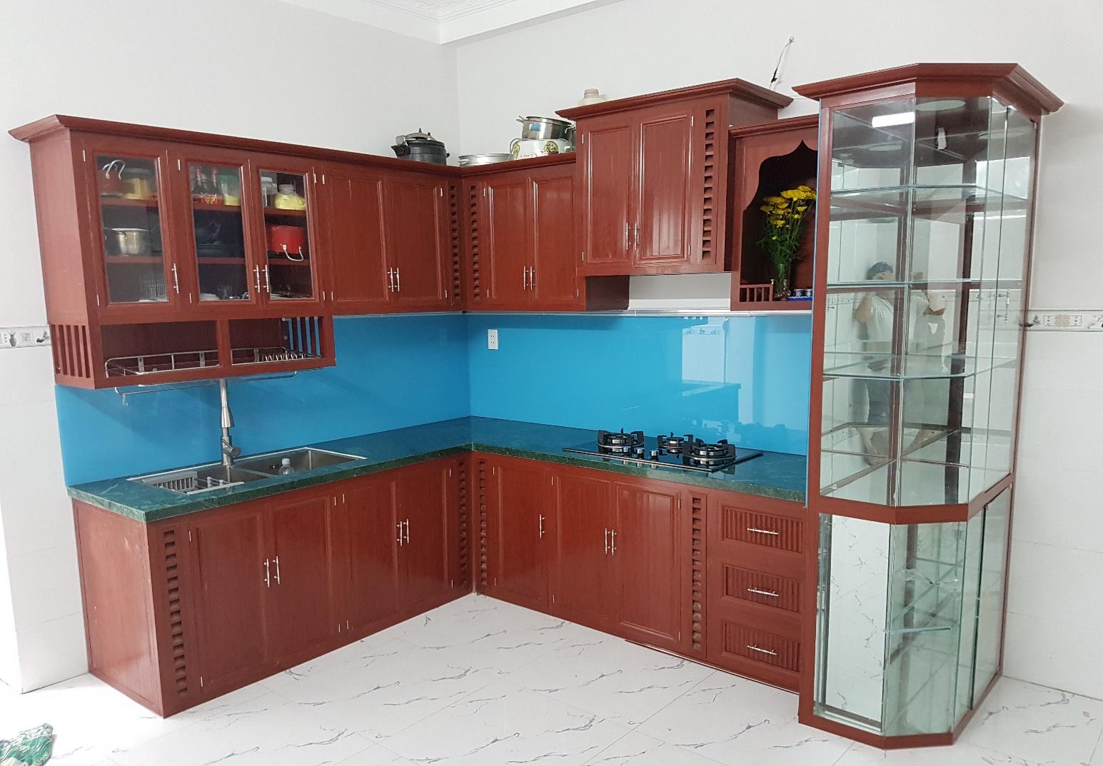 Tủ bếp cao cấp 02