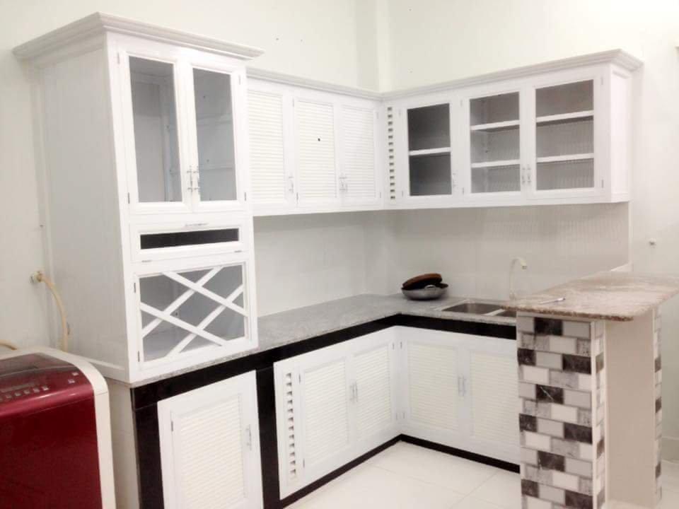 Tủ bếp cao cấp 03