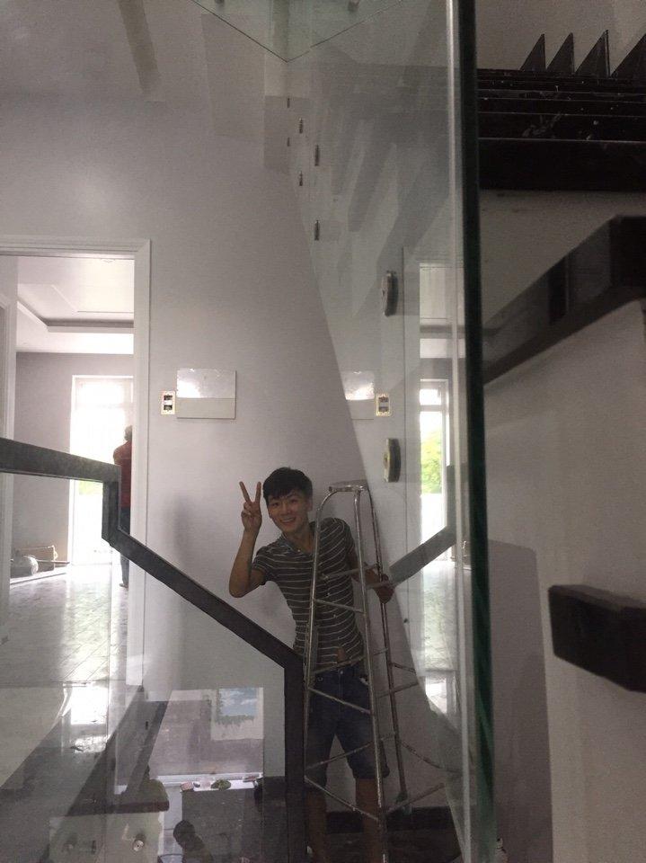 Cầu thang kính 07