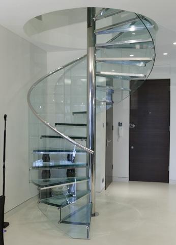 Cầu thang kính 03