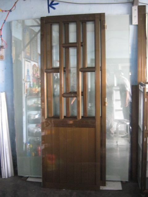 Cửa đi hệ 700 - 07